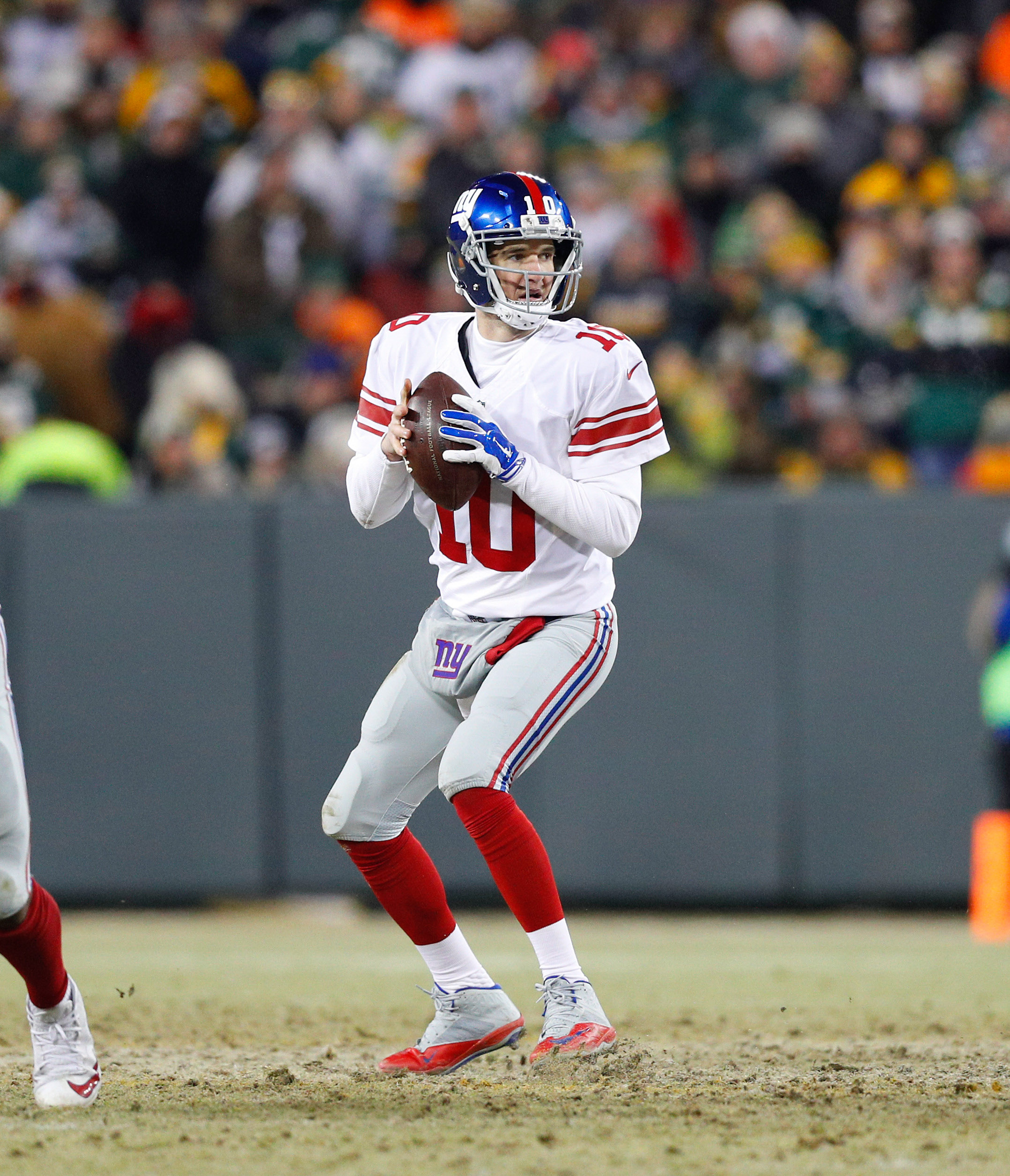9823730-nfl-nfc-wild-card-new-york-giants-at-green-bay-packers1